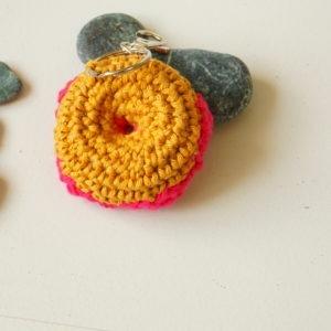 Donut crochet en porte-clés