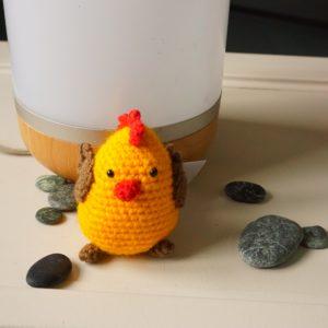 Un adorable petit poulet tout doux ...